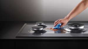 Cách Loại Bỏ Vết Bẩn Từ Dầu Mỡ Trên Tường, Tủ Bếp Và Mặt Kệ Bếp