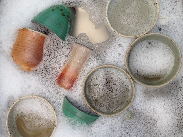 Sử dụng đúng cách nước rửa chén giúp công việc hiệu quả và tiết kiệm hơn