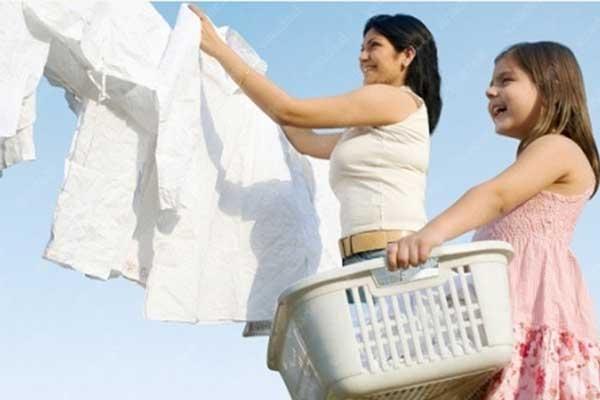 Nước xả vải Phúc Nguyên giúp việc giặt giũ trở nên dễ dàng hơn
