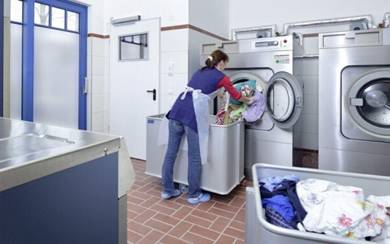 Phúc Nguyên - gia công nước giặt uy tín sẽ giúp bạn nâng cao thương hiệu, tối ưu sạch sẽ bụi bẩn